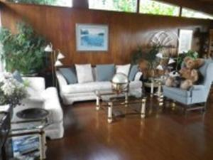 Beach Estates Inn Bed and Breakfast - Accommodation - Nanaimo