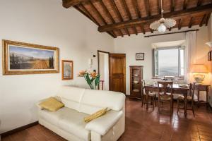 Ranuccio Apartment - Dimora di Fulignano - AbcAlberghi.com