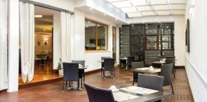 Excel Hotel Roma Ciampino, Szállodák  Marino - big - 39