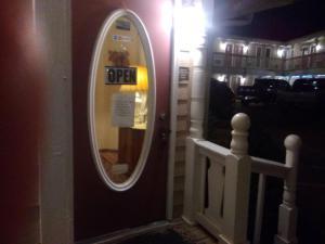 Victorian Inn, Motels  Cleveland - big - 26