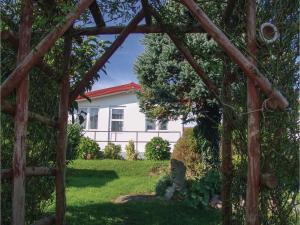 One-Bedroom Holiday Home in Jaroslawiec