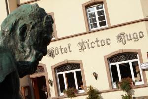 """Hôtel - Restaurant """" Victor Hugo"""""""