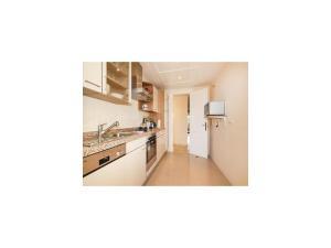 Two-Bedroom Apartment in Calahonda, Mijas Costa, Apartmány  Sitio de Calahonda - big - 18