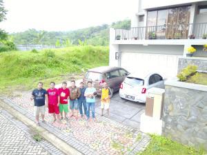 Villa Bogor Nirwana, Nyaralók  Bogor - big - 13