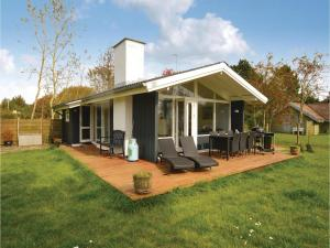 Three-Bedroom Holiday Home in Rodby - Dannemare