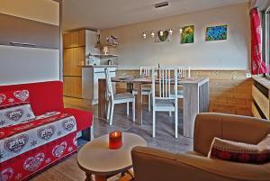 Apartment BelleVue centre & wifi - Hotel - Les Carroz