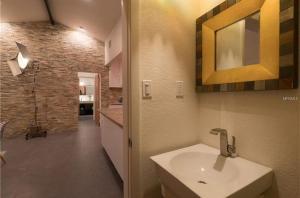 Coolest House in the Village by Beachside Management, Dovolenkové domy  Siesta Key - big - 46