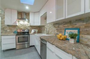 Coolest House in the Village by Beachside Management, Dovolenkové domy  Siesta Key - big - 31