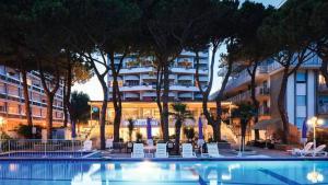 Hotel Ambasciatori Palace - AbcAlberghi.com
