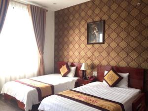 Deluxe Double Room Nhat Tan Hotel