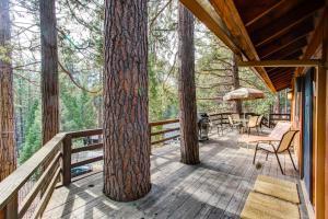 17B Tyler's Timber Lodge, Prázdninové domy  Wawona - big - 3