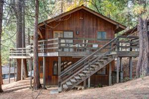 17B Tyler's Timber Lodge, Prázdninové domy  Wawona - big - 6