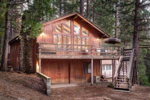 17B Tyler's Timber Lodge, Prázdninové domy  Wawona - big - 12