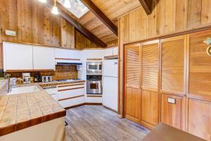 17B Tyler's Timber Lodge, Prázdninové domy  Wawona - big - 14
