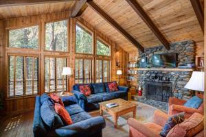17B Tyler's Timber Lodge, Prázdninové domy  Wawona - big - 16