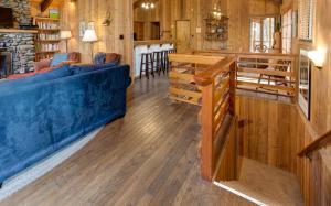 17B Tyler's Timber Lodge, Prázdninové domy  Wawona - big - 29