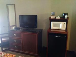 Victorian Inn, Motels  Cleveland - big - 58