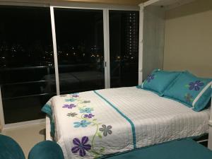 Swimming pool & Beach, en La Marina, Apartmány  Mazatlán - big - 45