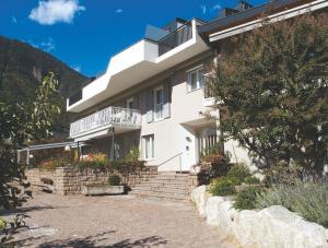 Residence Ausserdorfer - Apartment - Lana