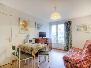 Apartment Côte d'Azur.4, Апартаменты  La Favière - big - 5