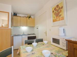Apartment Côte d'Azur.4, Апартаменты  La Favière - big - 8