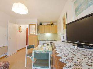 Apartment Côte d'Azur.4, Апартаменты  La Favière - big - 12