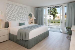 Avalon Hotel Beverly Hills (2 of 62)