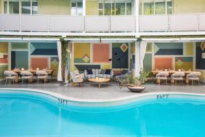 Avalon Hotel Beverly Hills, a Member of Design Hotels