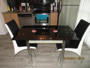 Luxury Furnished Corporate Suite in Downtown Toronto, Apartmány  Toronto - big - 22