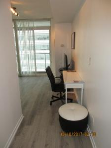 Luxury Furnished Corporate Suite in Downtown Toronto, Apartmány  Toronto - big - 26