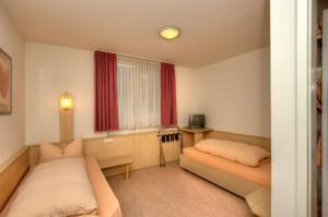 Hotel Restaurant Fallerhof, Hotely  Bad Krozingen - big - 34