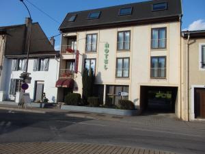 Hotel Castel - Neuves-Maisons