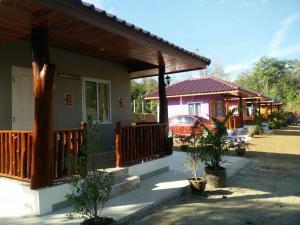 Leelavadee Hill Resort - Sawankhalok