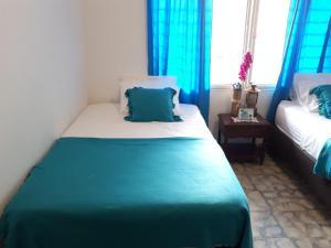 SanTonio Casa Hostal, Guest houses  Cali - big - 75