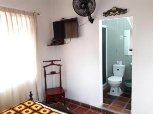 SanTonio Casa Hostal, Guest houses  Cali - big - 63