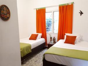 SanTonio Casa Hostal, Guest houses  Cali - big - 54