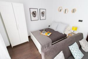 Modern & Stylish Flat Refino, Apartments  Málaga - big - 13