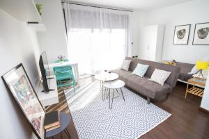 Modern & Stylish Flat Refino, Apartments  Málaga - big - 8