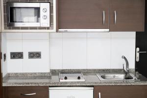 Modern & Stylish Flat Refino, Apartments  Málaga - big - 3