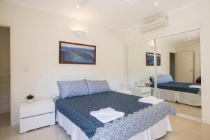 Whitsunday Ocean Melody Deluxe Villa, Alloggi in famiglia  Airlie Beach - big - 18
