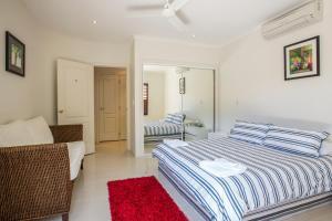 Whitsunday Ocean Melody Deluxe Villa, Alloggi in famiglia  Airlie Beach - big - 15