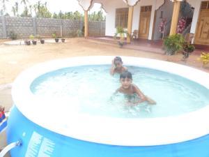 Nilaveli Star View Hotel, Hotel  Nilaveli - big - 27