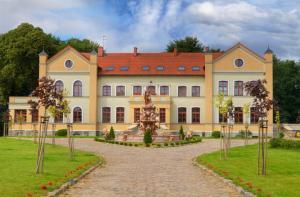 Pałac Słonowice Sp z oo