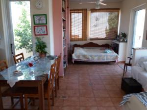 Antonia's House with Free Bikes Aegina Greece