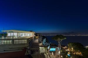 Residence Le Terrazze, Sorrento, Italy   J2Ski