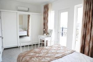 Two Seasons Boutique Hotel Baku, Отели  Баку - big - 28