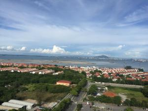 Lusso Suite Island Plaza, Apartmány  George Town - big - 155