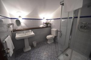 Batzarki, Hotels  Avellaneda - big - 11