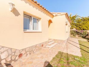 Villa Rolando, Holiday homes  L'Escala - big - 17