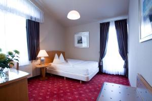 Hotel Das Kleine Ritz - Fellbach